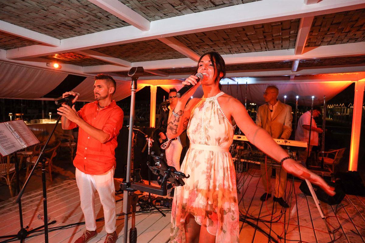 A Piedi Nudi sulla Sabbia - Charity Gala - Balli